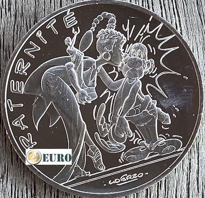 10 euros Francia 2015 - Asterix fraternidad y Latraviata